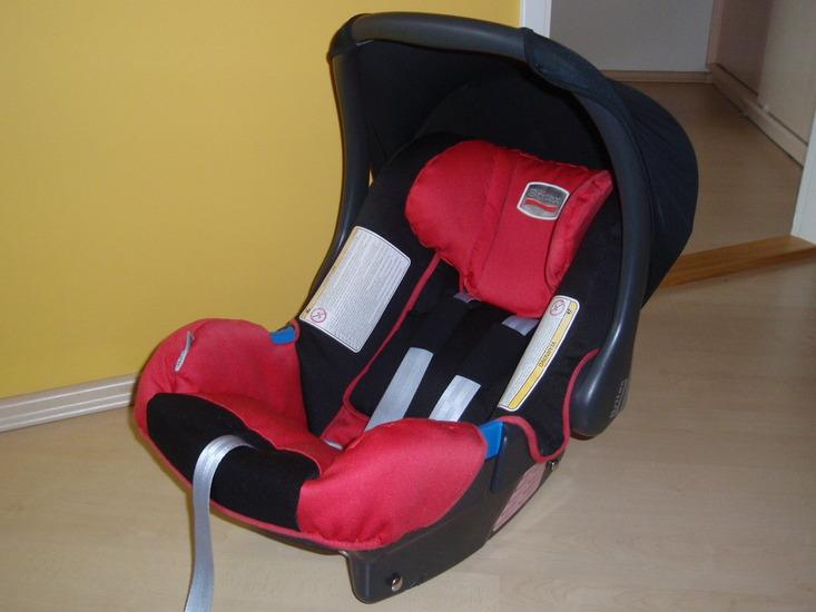35bc0348fbd Minulaps.ee Järelturg | Britax Baby Safe turvahäll ja hälli alus- PAKU hind!